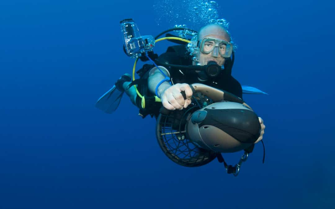 Why You Should Go Diving with an Underwater Scooter